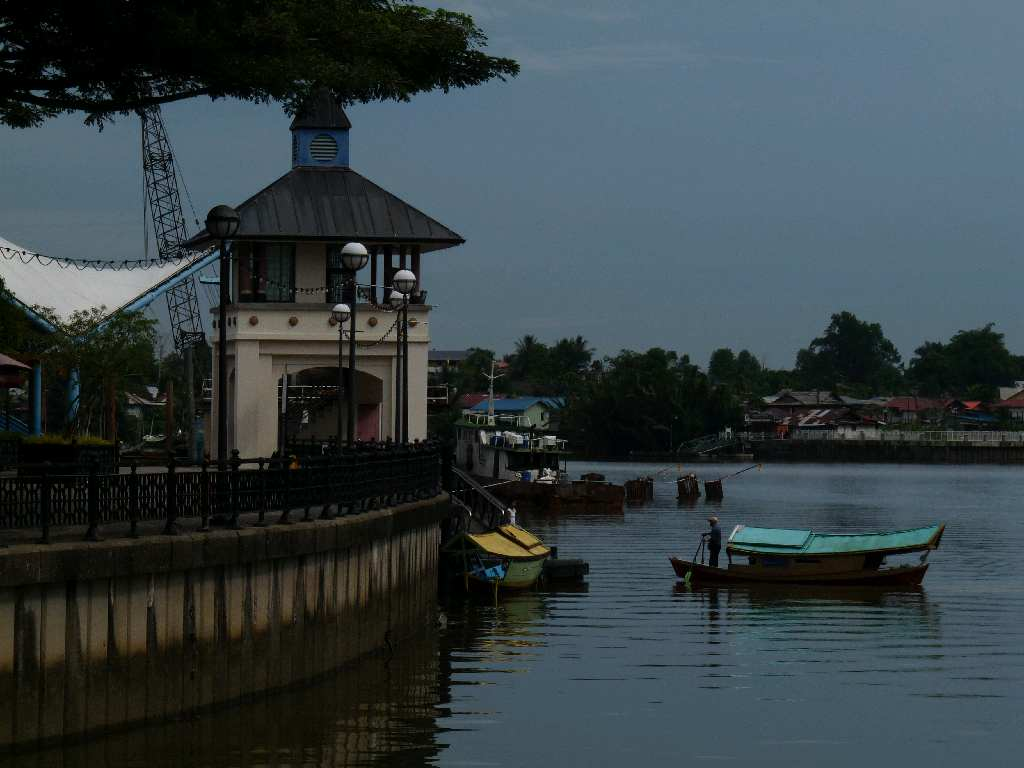 200.Bo - Kuching - Waterfront